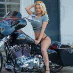 Hot 103 Bagger Blonde
